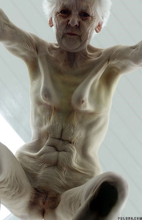 фото голых худых бабушек